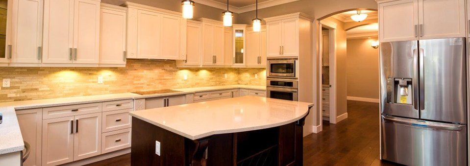 Custom kitchen cabinets surrey vancouver bathroom for Quality kitchen cabinets