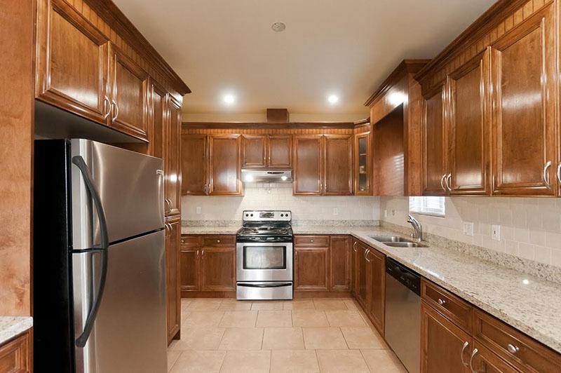 Kitchen Cabinet 28