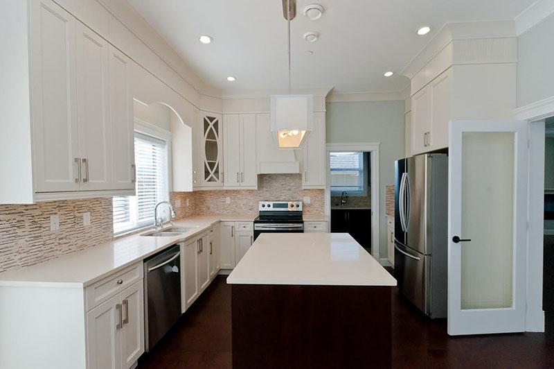 Kitchen Cabinet 40